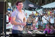 Steve Grand 2013-05-10-016