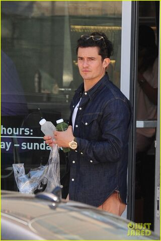 File:Orlando-bloom-stays-healthy-in-miami-05.jpg