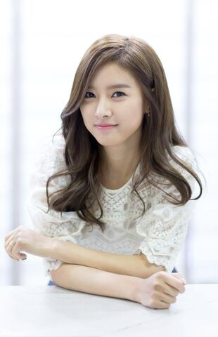 File:Kim So-eun.jpg
