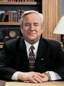 File:Jerry Falwell.png