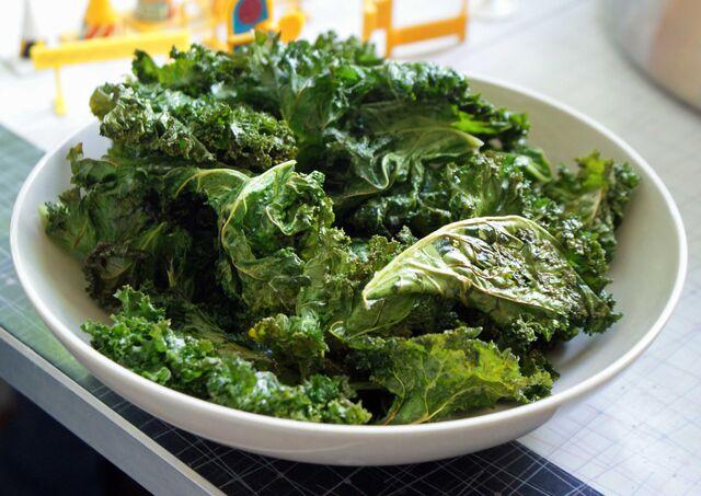 File:Kale-chips-bowl.jpg