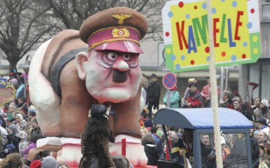 File:Hitler-float.jpg