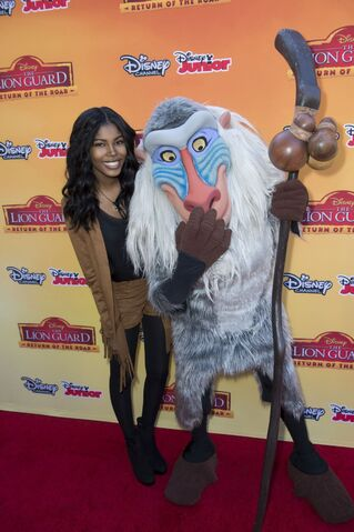 File:Diamond-white-at-the-lion-guard-return-of-the-roar-premiere-in-burbank-11-14-2015 6.jpg
