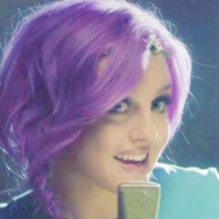Perrie's wavy purple braid hairstyle