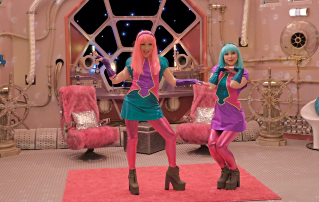 File:Linda and Heather in their Costumes.png