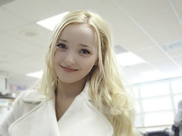 File:Dove Cameron143.jpg