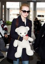 Dove-cameron-arrives-at-lax-airport 8