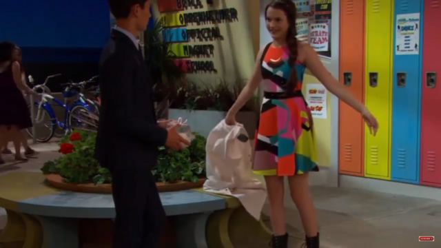 File:Val show to Parker that she was prepared to the lab challenge and to the dance.png