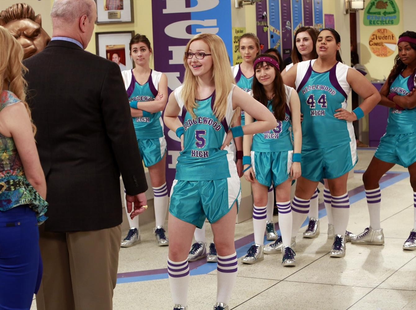 Disney channel coloring pages liv and maddie - Full Resolution