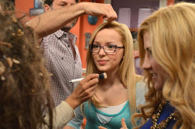 File:Dove make-up.jpg