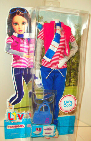 File:Liv'n-Cool-Tracksuit-Outfit-Katie.jpg
