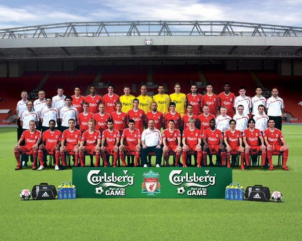 File:LiverpoolSquad2009-2010.jpg