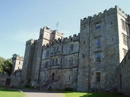 File:Chillingham Castle.jpeg