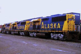 800px-Alaska GP49s at Seattle SODO (CC)