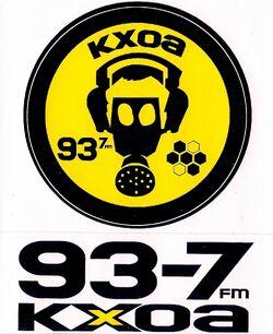 93.7 KXOA
