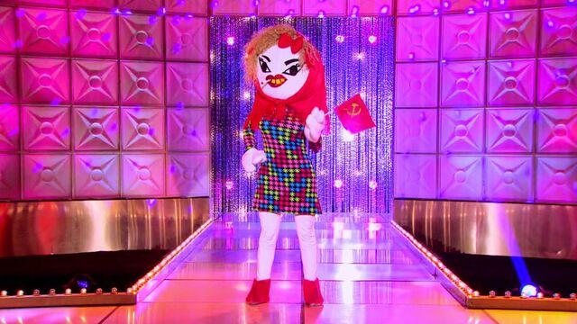 File:Katya Hello Kitty runway.jpg
