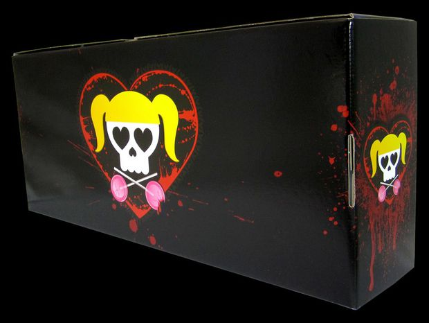 File:Lollipop Chainsaw - Swag Box 01 (Back).jpg