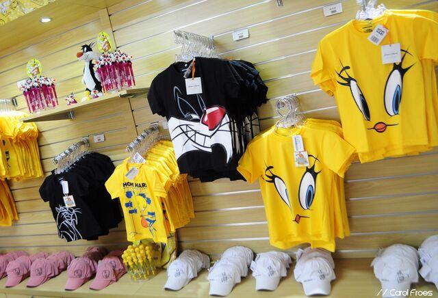 File:TLTA Merchandise - Sylvester & Tweety.jpg