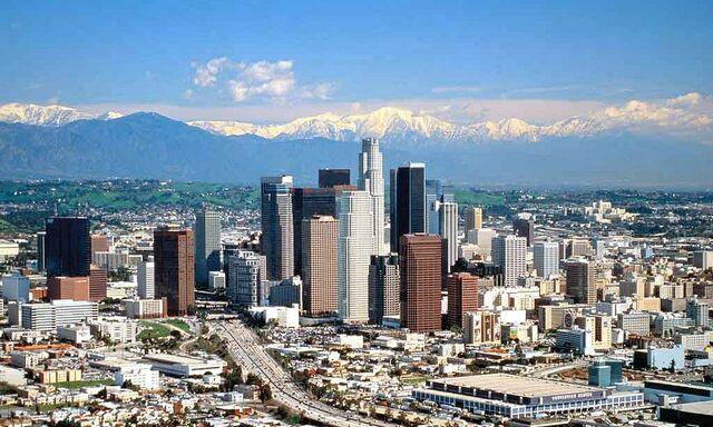 File:Los Angeles skyline daytime 2.jpg
