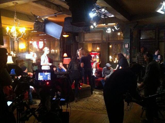 File:Season 4 Pre Show (bts)-1.jpg