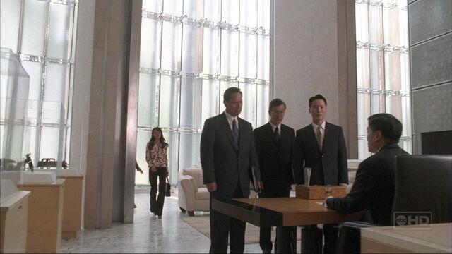 File:3x18 men in paik office.jpg