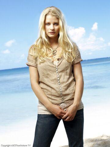 File:LOST Season2 Claire2.jpg