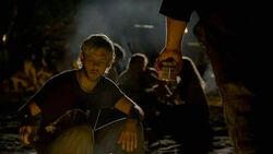 2x04-Peanut Butter Hurley Charlie