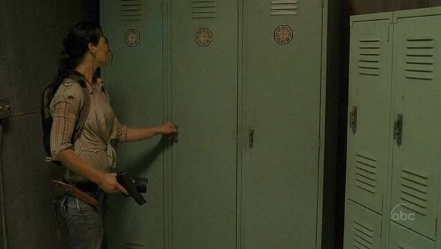 File:Locker room.jpg
