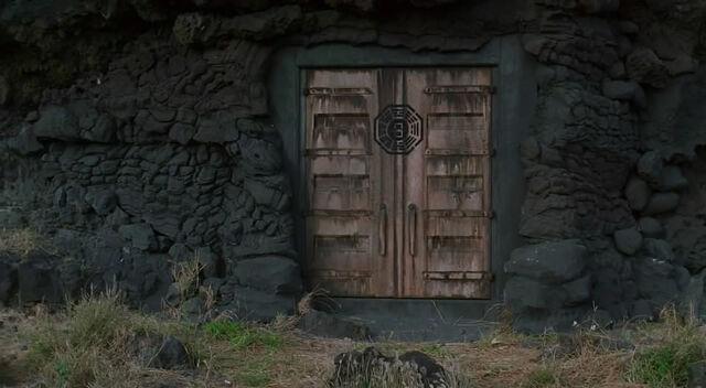 Ficheiro:The Door.jpg