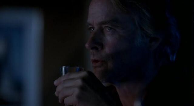 File:1x17-Drinksies.jpg