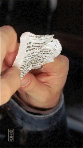 Ficheiro:Newspaperclipping2.jpg