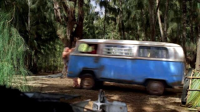 Archivo:Ryan hit by van.jpg