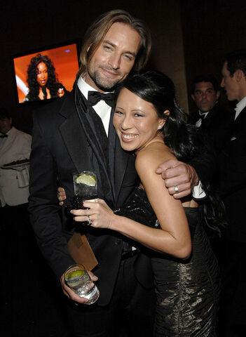 File:05 Josh & wife yessica.jpg