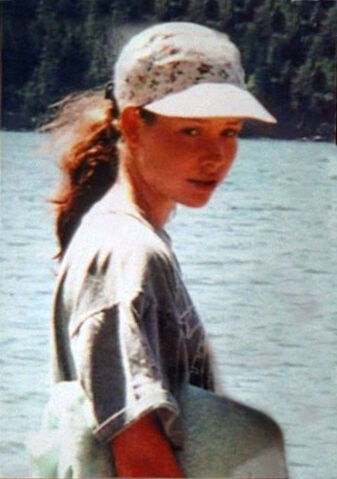 File:2x14 Young Kate Photo.jpg