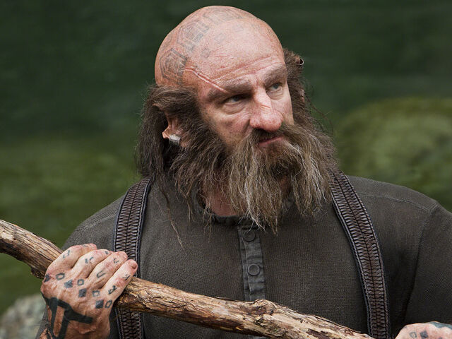 File:Dwalin-with-stick.jpg