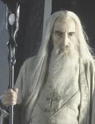 """Saruman w filmowej adaptacji <a href=""""/wiki/Peter_Jackson"""" title=""""Peter Jackson"""">Petera Jacksona</a>"""