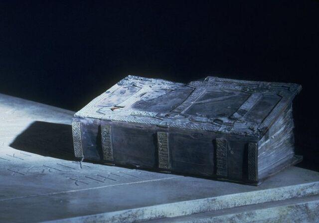 File:Book of Mazarbul1.jpg