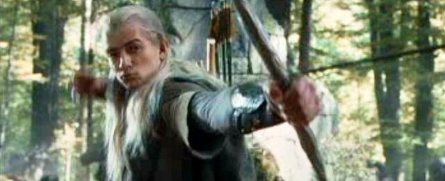 File:Bow of the Galadhrim as being use by Legolas 02.JPG