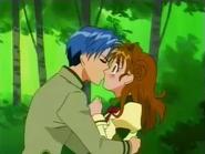 Chiaki Kisses Maron E33 (1)