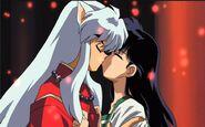 Inuyasha & Kagome Kiss Movie 2 (1)