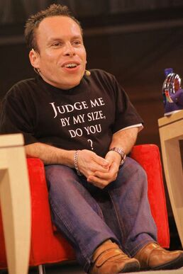 Warwick Davis interviewed 2