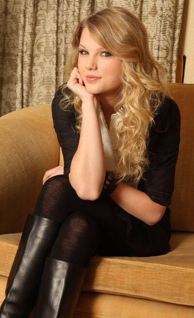 Taylor Swift6