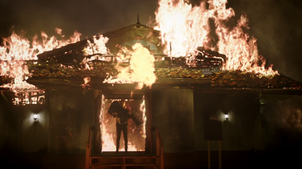 File:110 Lucifer saves Chloe from fire.png