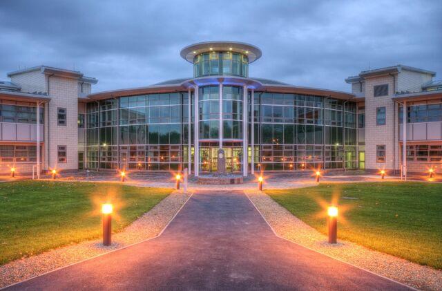 File:Barfield college.jpg