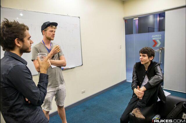 File:Zedd talking to Madeon.jpg