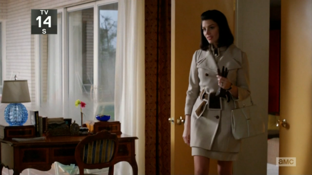 File:6x04 Megans outfits (04).png