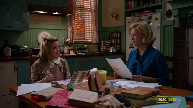 File:Betty tells Sally about Anna, dark shadows.png