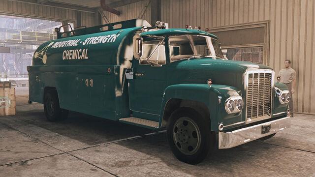 File:Samson ST 45 Tank Truck 2.jpg