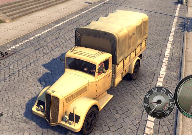 File:Italian Military Truck 2.png