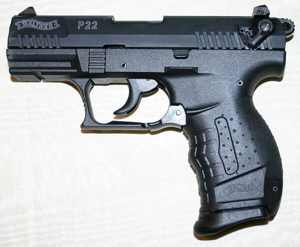 Walther p22 left 1200px